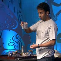 Nikhilesh Das: How to clean oil spills